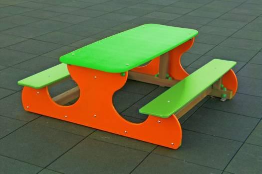 """Aire de jeux""""table réunion"""""""