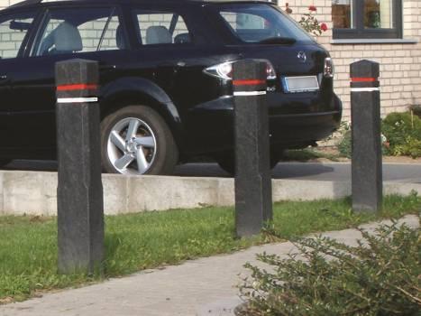 POTEAU anti stationnement...